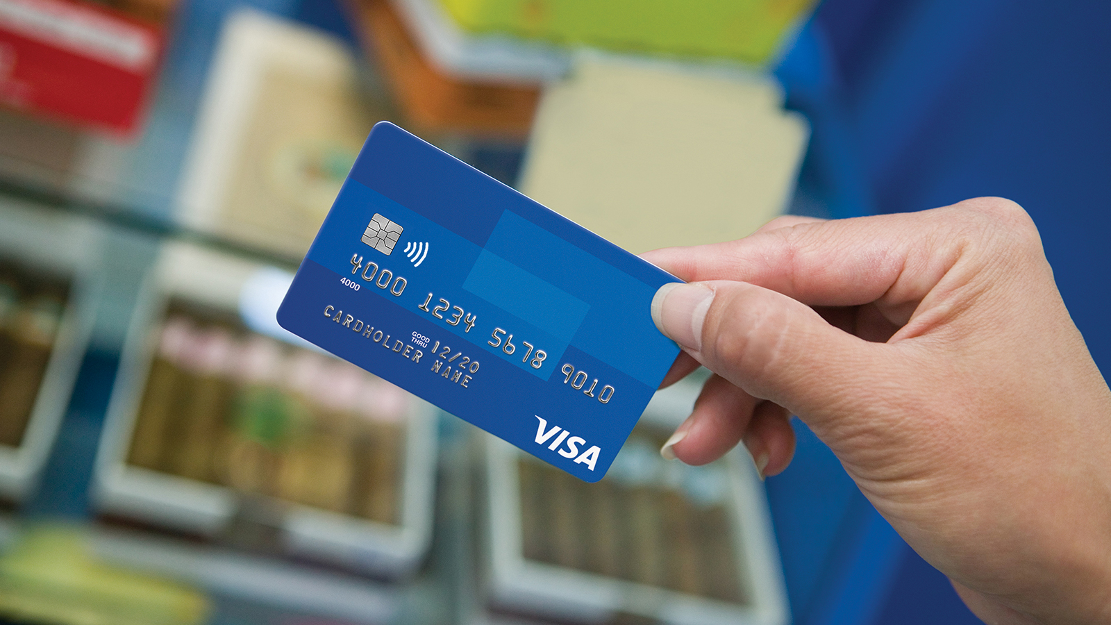 card-closeup-merchant-1600x900